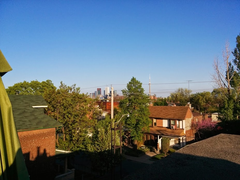 Amazing: patio street location view
