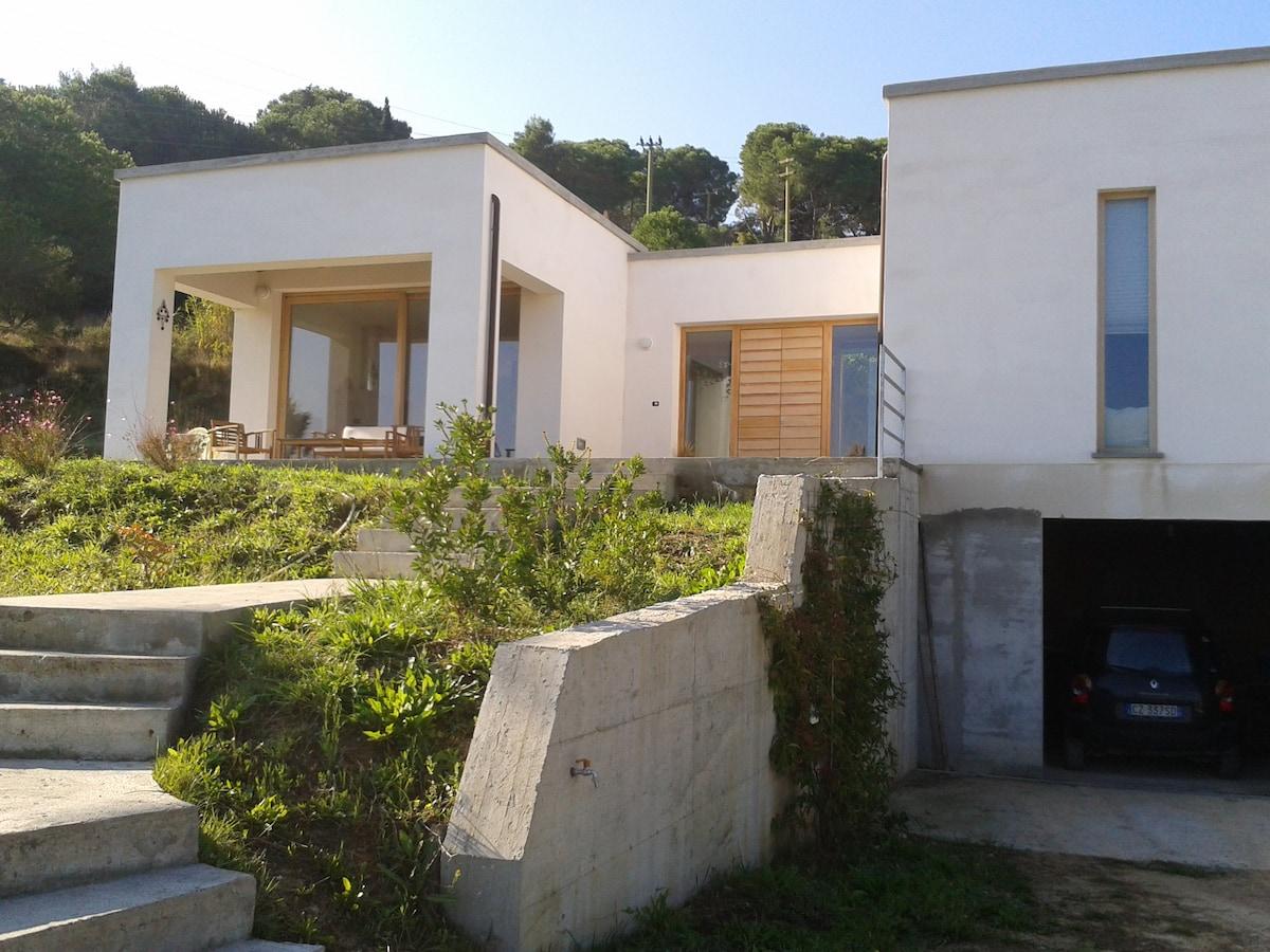 villa moderna in campagna