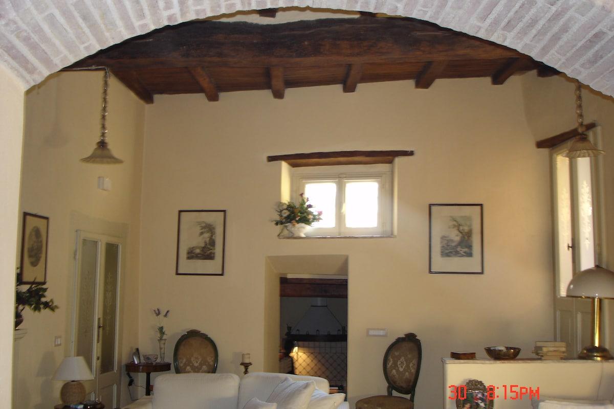 casa d'epoca in borgo medioevale