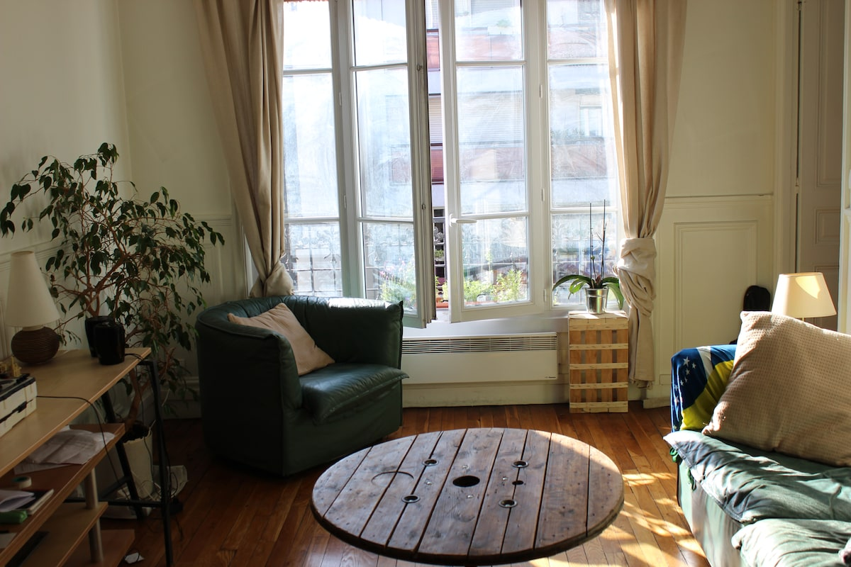 Lovely flat next to Montmartre