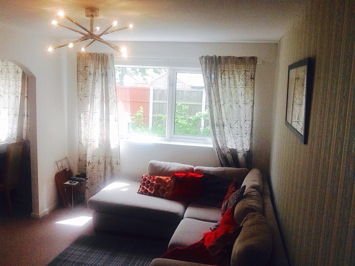 Newly refurbished room in Wollaton