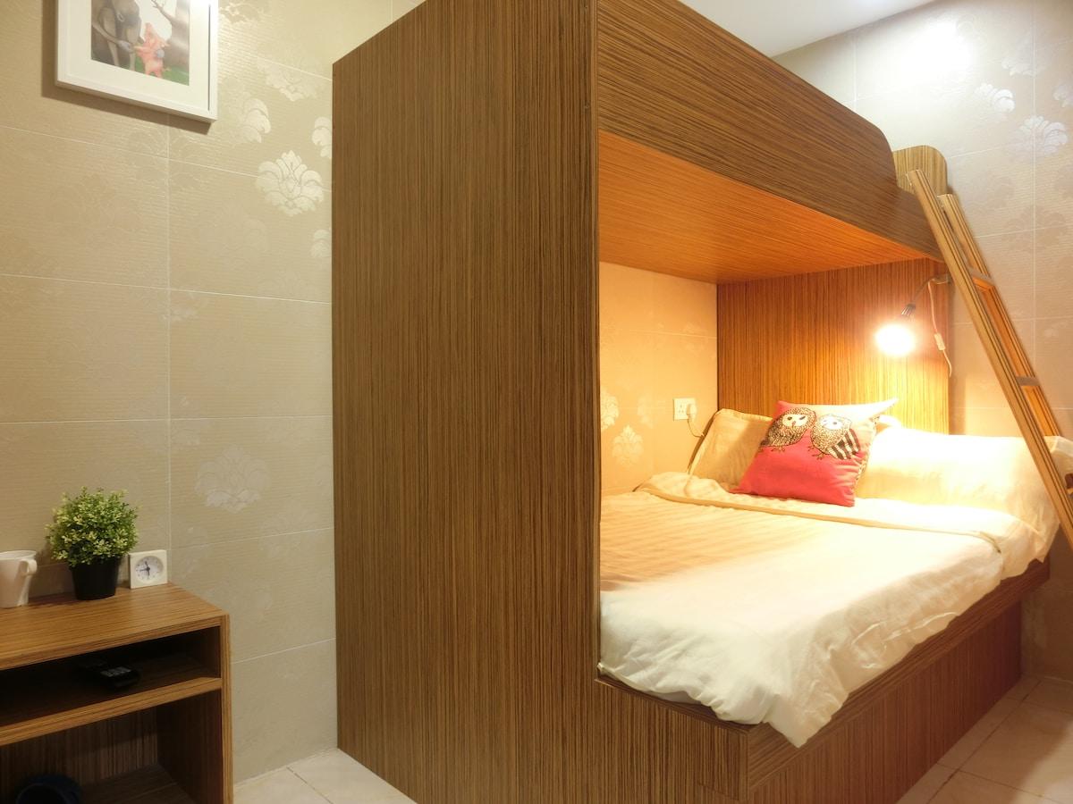 Mongkok CBD 3pax family room