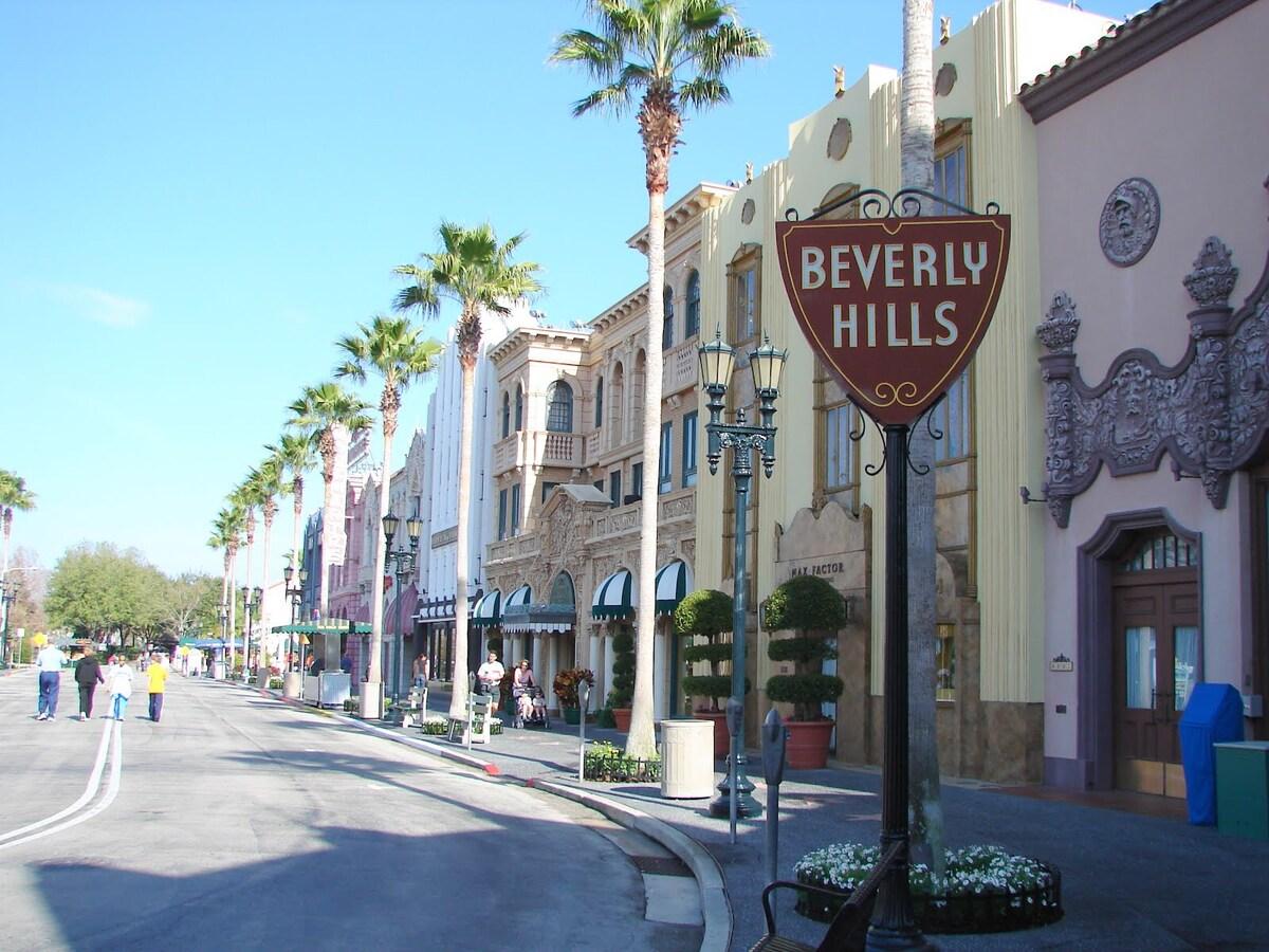Master Bedroom & Bath Beverly Hills