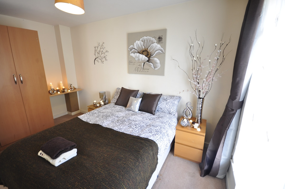 COSY ROOM IN BETHNAL GREEN -2COL4