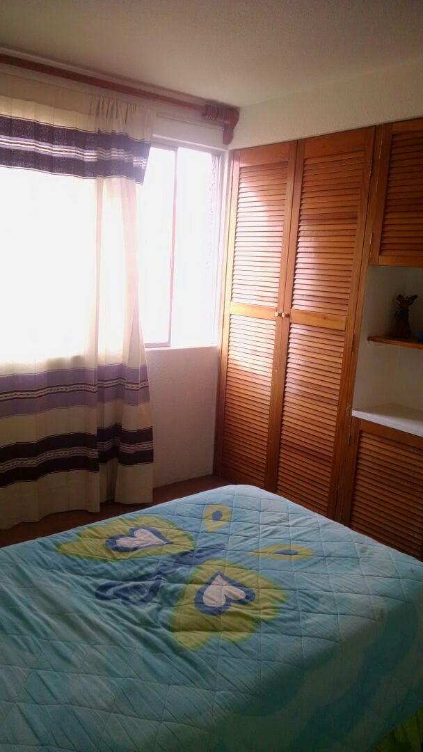 Habitación cómoda y linda