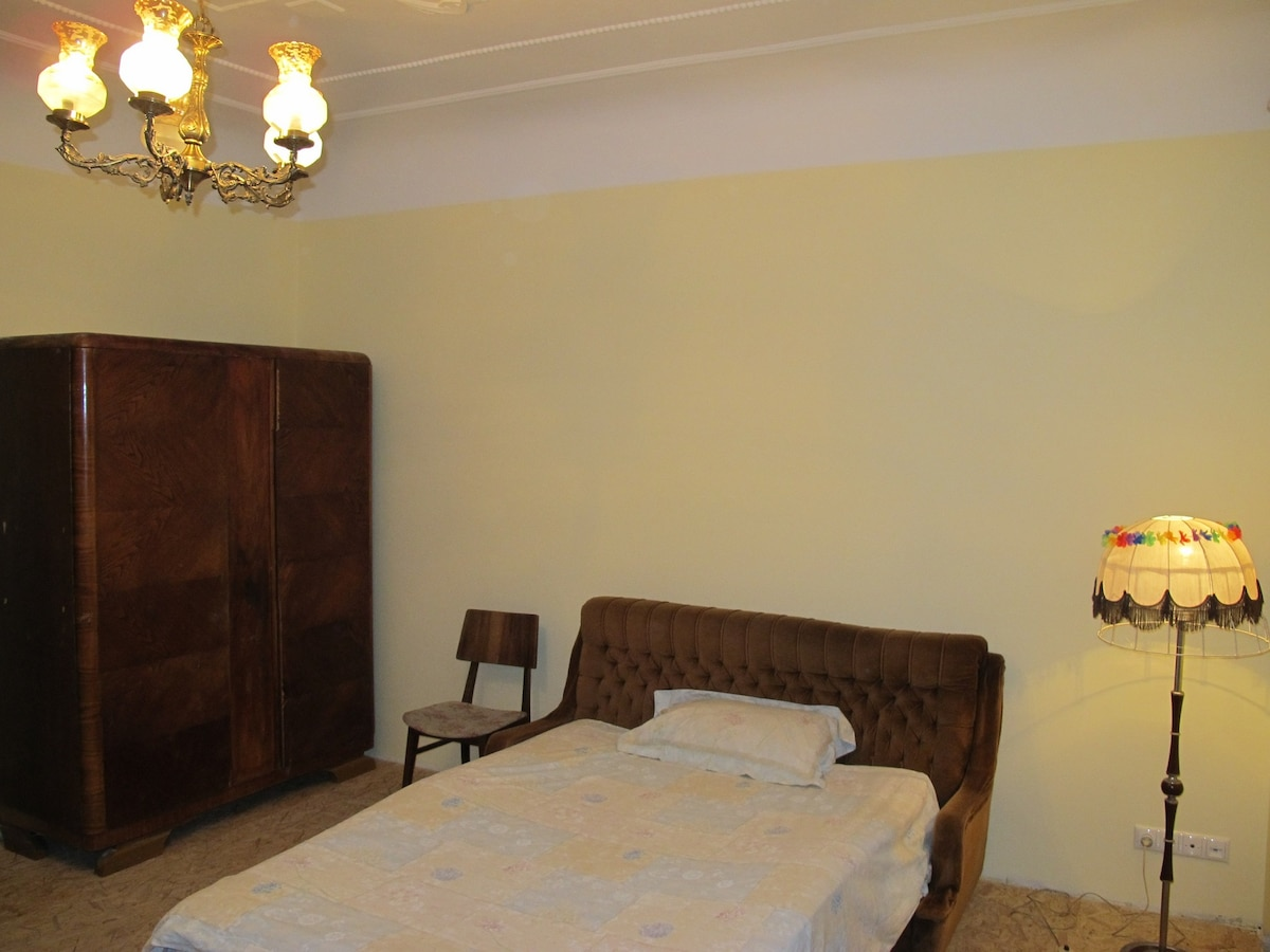 Central Riga appt for 4-5 persons