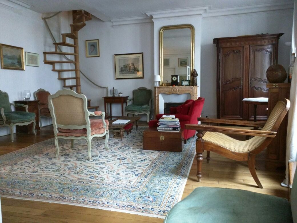 5 bedrooms nearby Montmartre