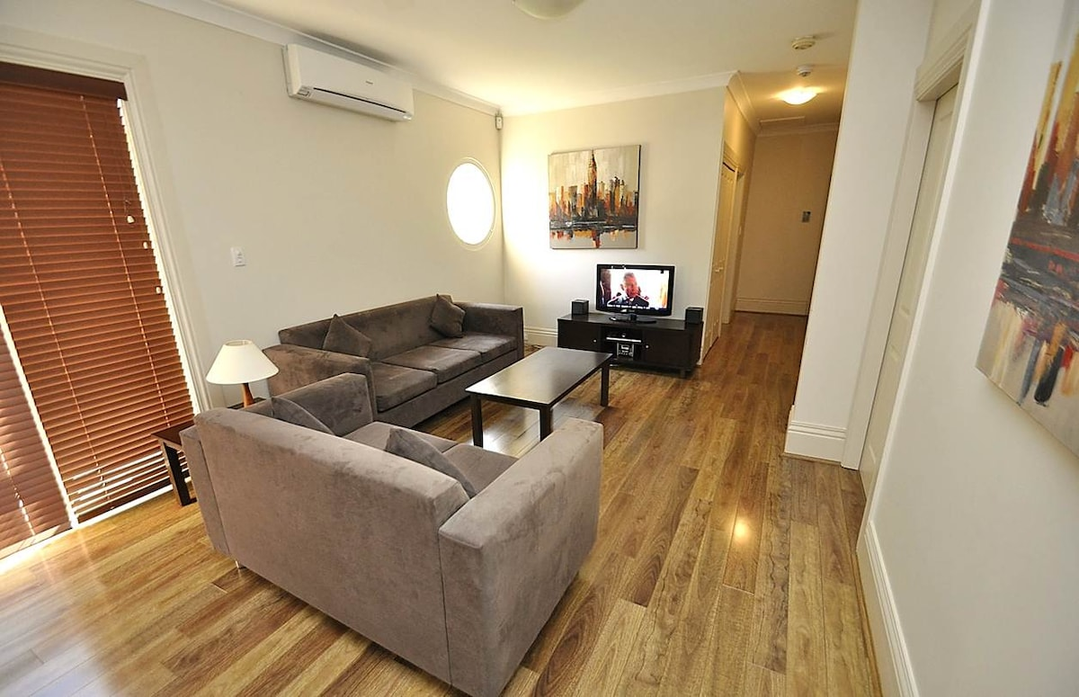 RAN81308HIG 2 Bedroom in Randwick
