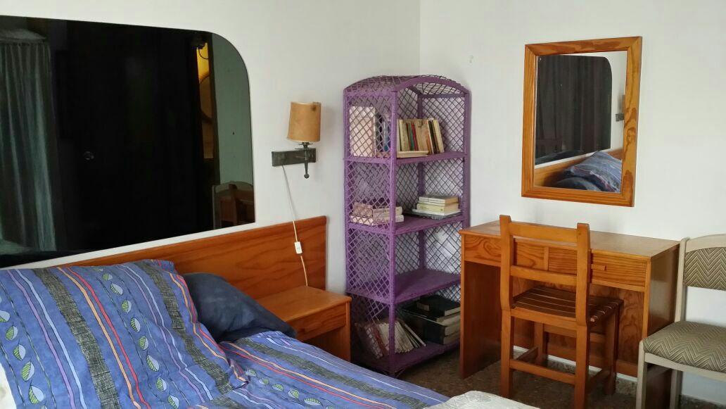 Habitación en santa eulalia, ibiza