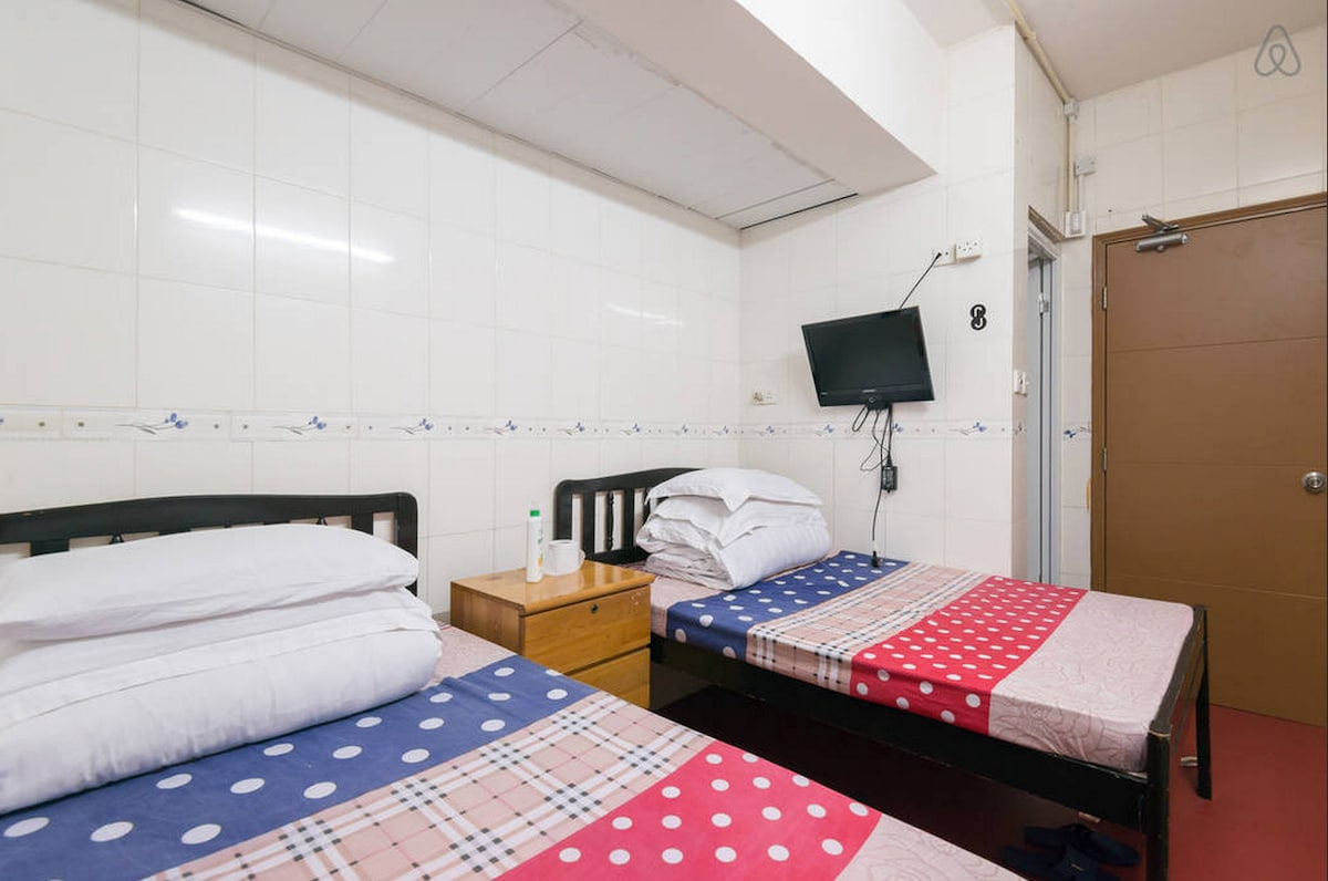 Cheapest quad room 2 double beds