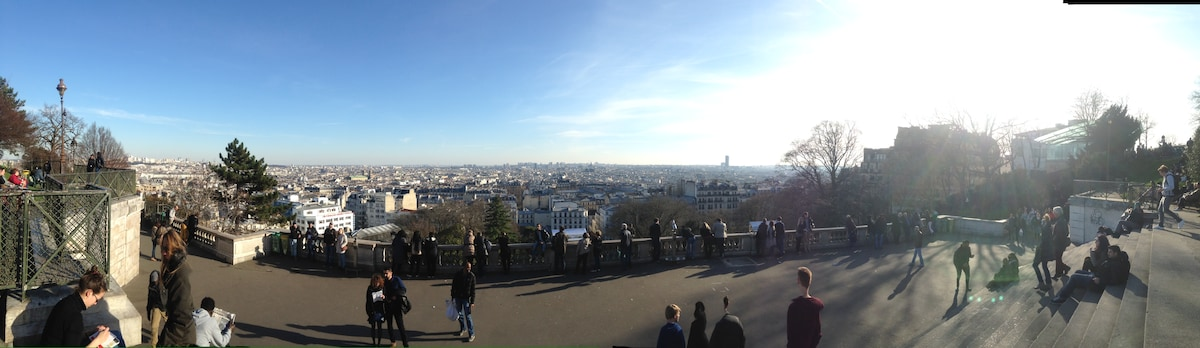 Nice flat close to Montmartre :)
