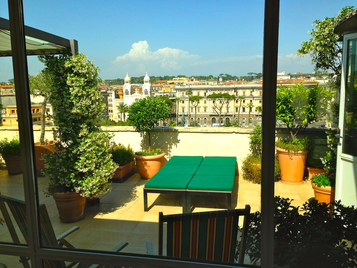 Penthouse in the heart of Rome
