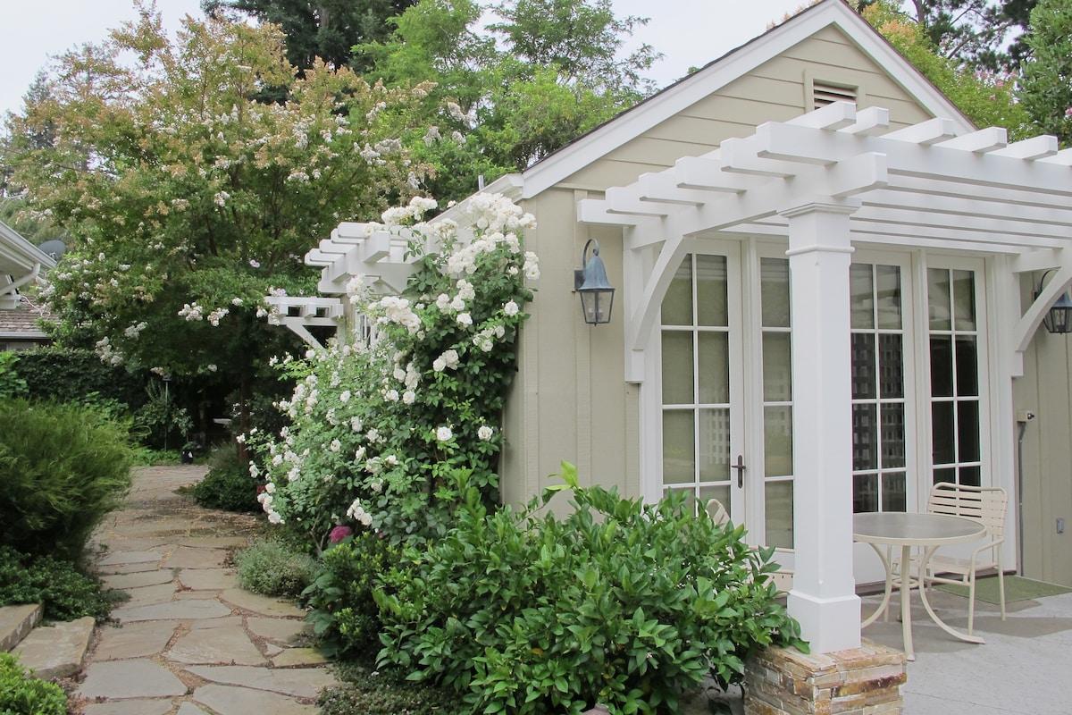 Sweet Designer Cottage