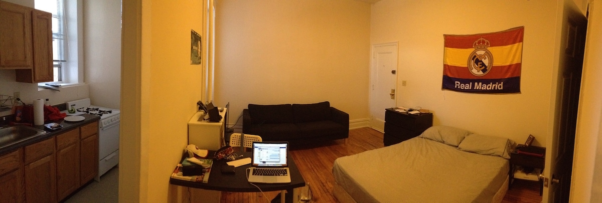 Studio in Dupont Circle