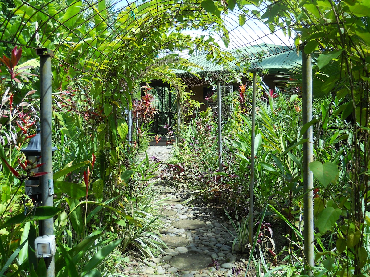 4.beautifully landscaped private walkway to your chalet.