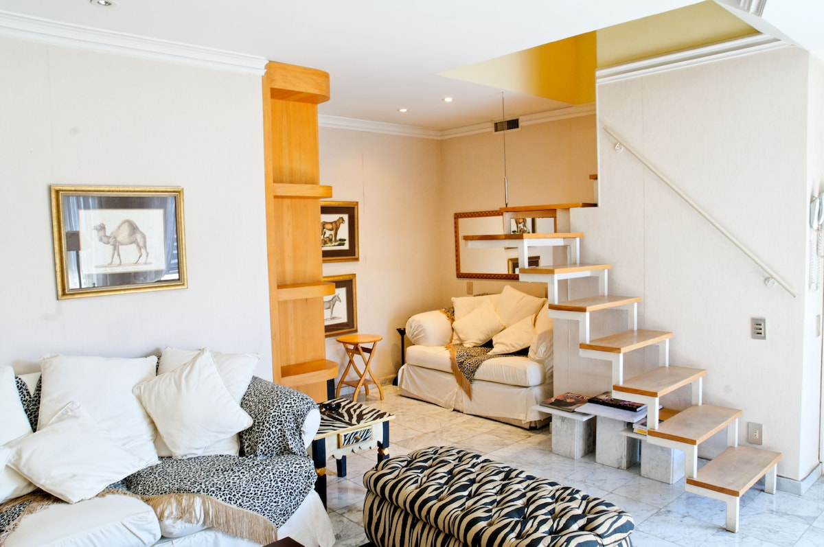 the stairs goes up to the Master suite