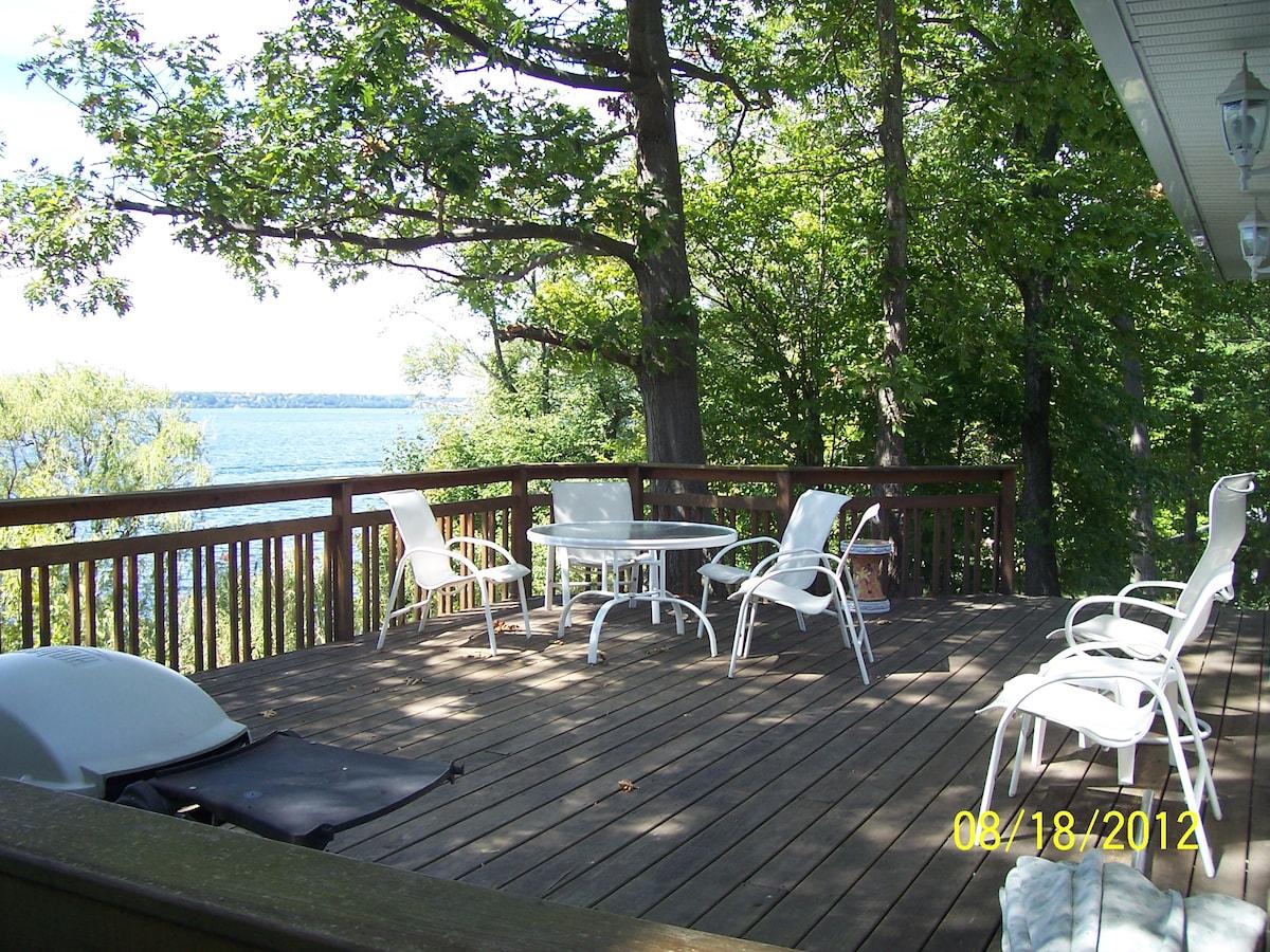 Finger Lakes cottage on Seneca Lake