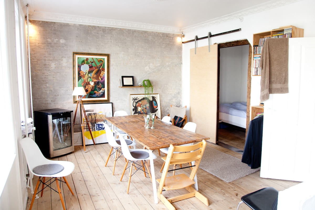 Charming apt. in Sct. Hans Square
