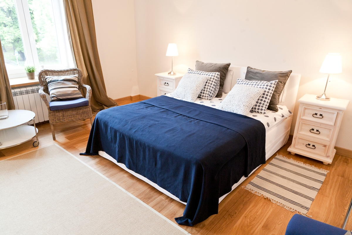 FAB! HOMEfromHOME,2 ROOMS, OLD TOWN