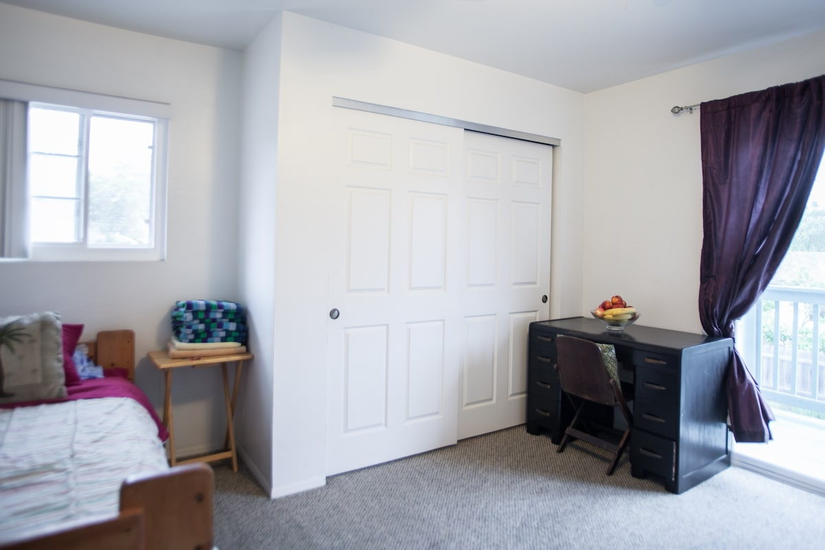 Large double closet and writing desk