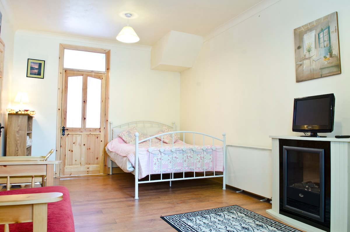 Cooraclare Apartment In West Clare