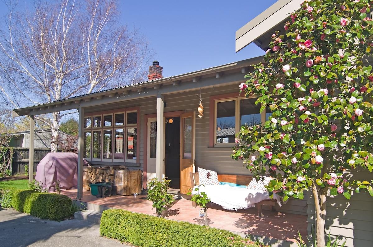 Californian Garden City Bungalow