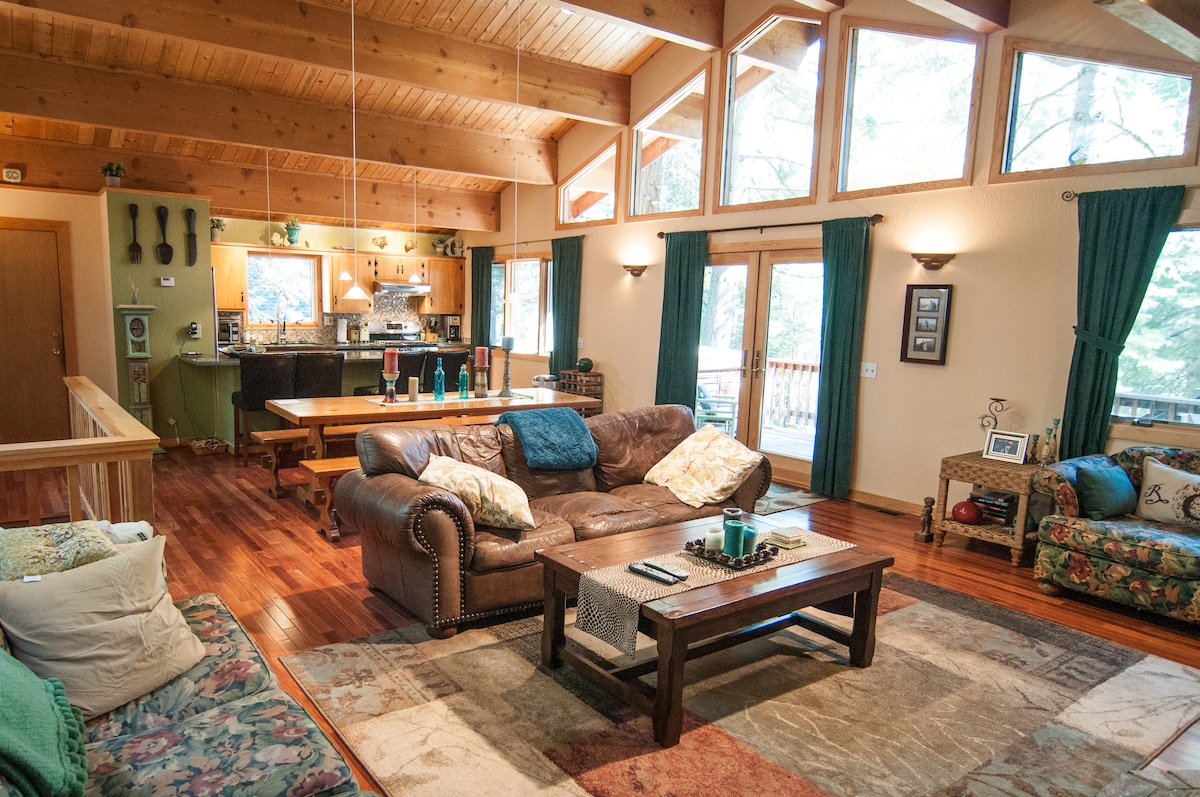 North Lake Tahoe Cabin in the woods