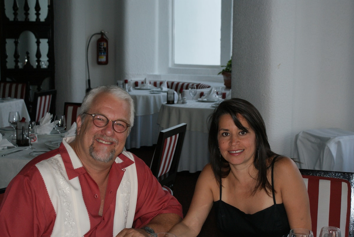 Michael & Luz