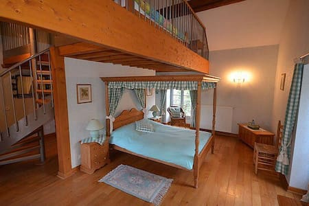 Chambre familiale spacieuse - Mellecey