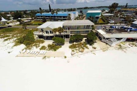 Beach House Resort 9 (Condo) - Bradenton Beach - Apartamento