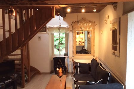 """Cozy Loft in breathtaking Area"" - Dinan - Lejlighed"
