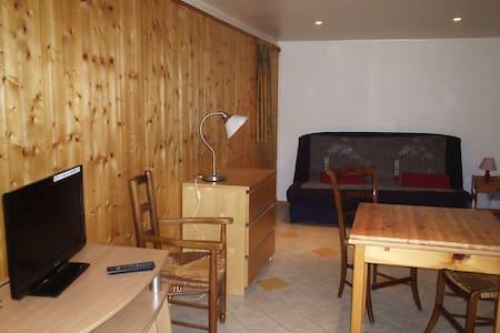 Appartement/studio 2 personnes Lodeve - Lägenhet