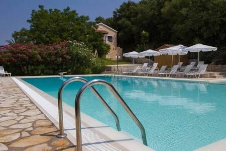 Natural Blue Green Holiday Apart. - Corfu - Apartment