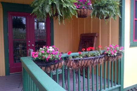 Main Street Guest House - Hus