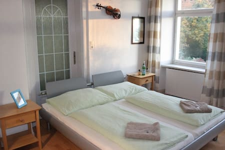 bright and cosy room with breakfast - Kennelbach - Bed & Breakfast