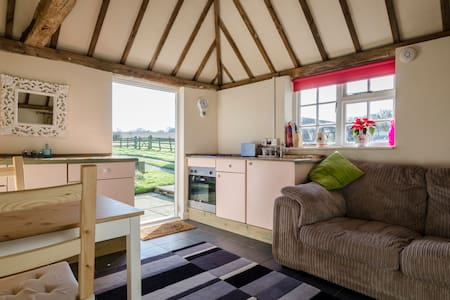 Converted stable block open country - Bungalou