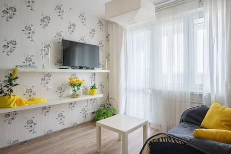 Апартаменты с большой кроватью!!!!! - Минск - Leilighet