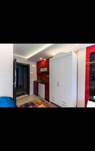 Fathite merkezi konumda - Apartment