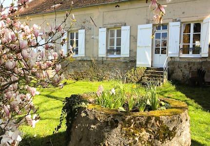 Maison de charme, pleine nature - House