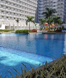Shell Res Full Loaded 1BR w/ Balcony within MOA - Pasay