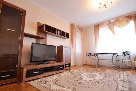 Квартира люкс класса в центре - Mykolaiv - Apartment
