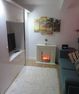 Modern Regency studio flat near to the town centre - Pis