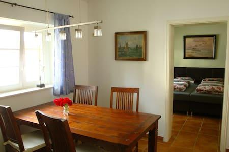 Quiet apartment for 4 -bathing shoe - Apartment