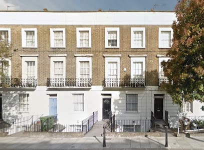 Room in the Heart of Camden Town - London - House