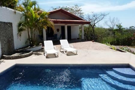 """Miramar"" Pool, Ocean View, Luxury - Sámara"