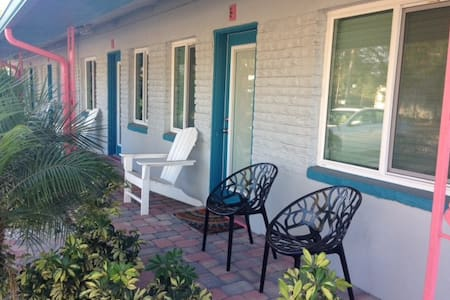 Location, location, location! - Gulfport - Apartament