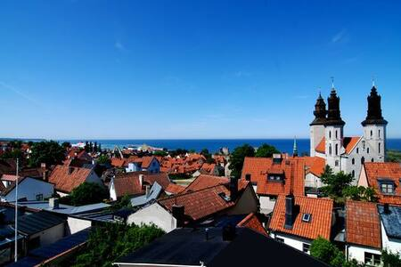 Apartment with stunning view in old town Visby - Lejlighed