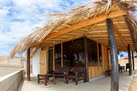 wayra surf camp - Lobitos District - Bed & Breakfast