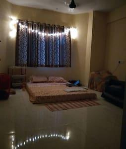 Spacious double bedded pvt. room in Hiranandani - Mumbai - Lakás