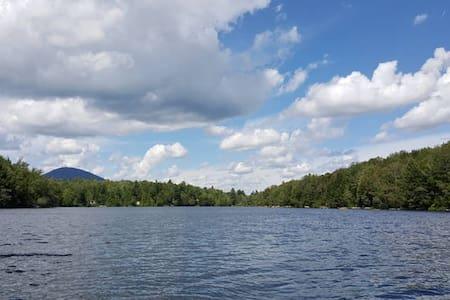 Bord du lac Malaga - Alpehytte